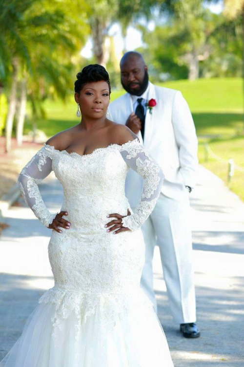 Cheap plus size long sleeve wedding dresses