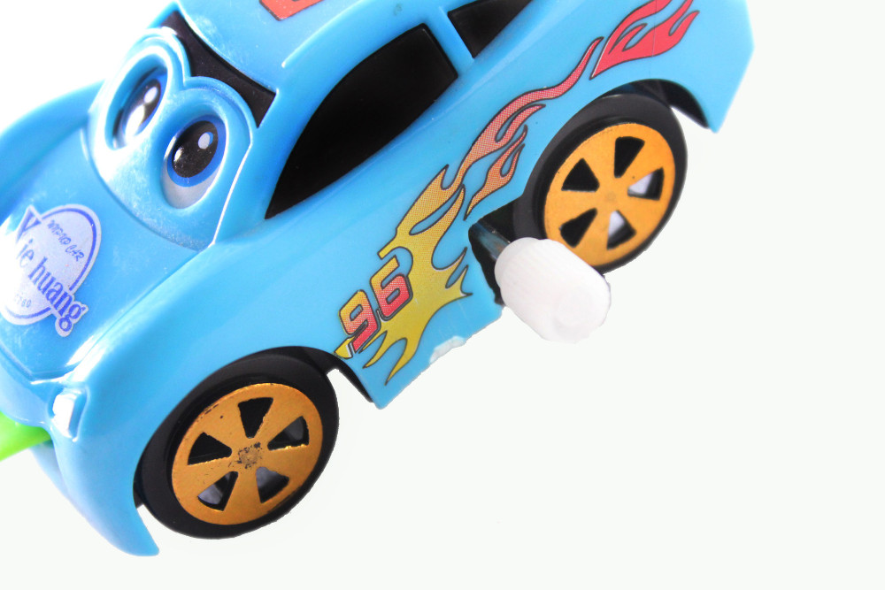 Fancy Spit out tongue wind up car toy carton big tongue vechile for kids chritmas gift