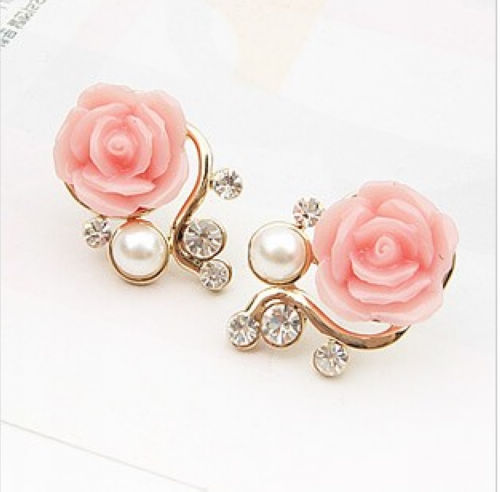 2015 New Fashion 18K Gold Plated Cute Sweet Rose Flower Crystal Artificial Pearl Stud Earrings Women Girls Brincos - Her jewelry box ( Min. Order $7 store)