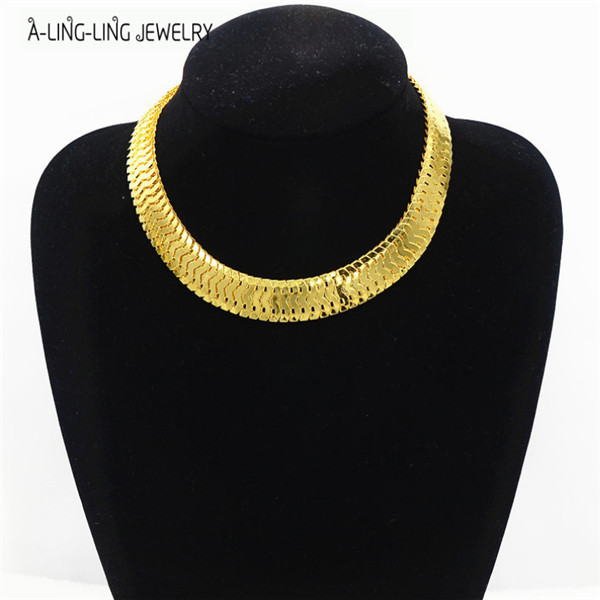 Punk Style Antique Gold Chokers Necklace For Women Brand New 2015 All-match(China (Mainland))