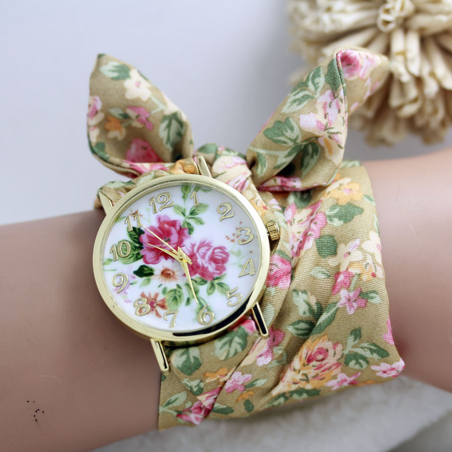 2015 New design Ladies flower cloth wrist watch gold fashion women dress watches high quality fabric watch sweet girls watch(China (Mainland))