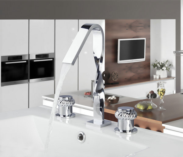 54F New Design Construction & Real Estate Deck Mounted 3 Pcs Set Two Handles Bath Fixtures Bath Hardware Sets Bathroom Faucet(China (Mainland))