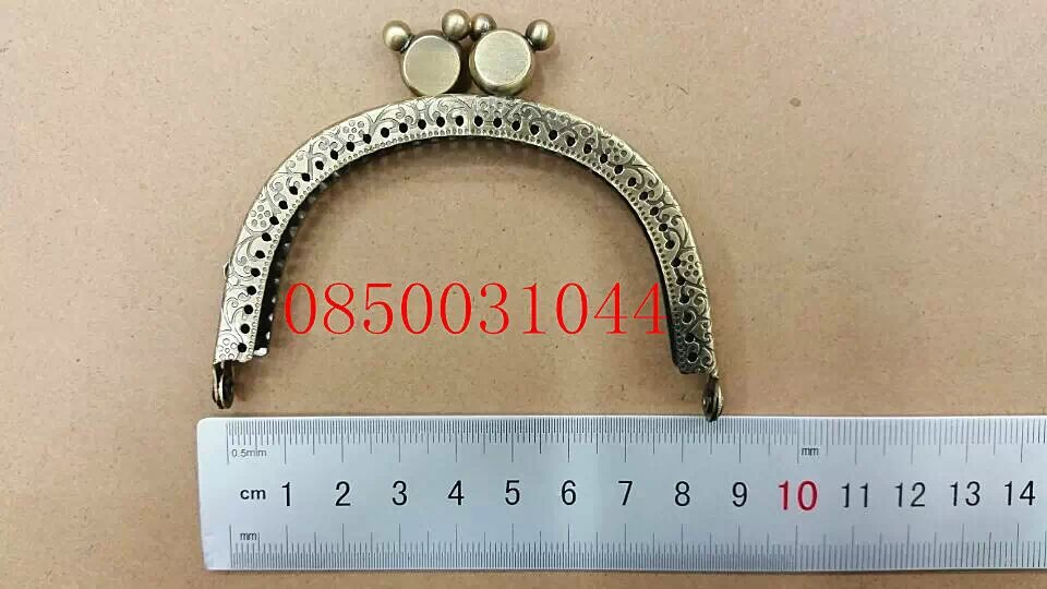 Bag Purse Metal Frame Kiss Clasp DIY Bag Clutch Accessories Sewing Bag Frame Handle Fedex Free Shipping 0850031044(China (Mainland))
