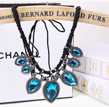 2015 women pendant necklace necklace neckless rhinestone for fashion new necklace jewelry crystal jewellery necklace choker(China (Mainland))