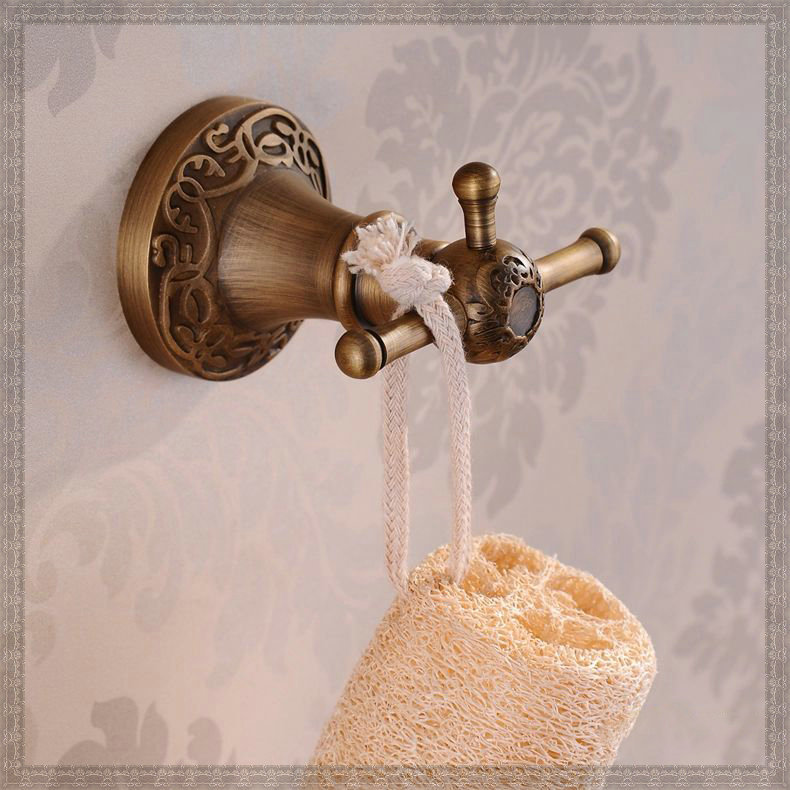 Mural fini laiton antique salle de bains accessoires robe - Crochet mural vintage ...