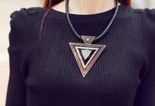 2015 Vintage Jewelry Triangle Statement Necklace Rhinestone Necklaces & pendants Leather Chain Dress Costume Item(China (Mainland))