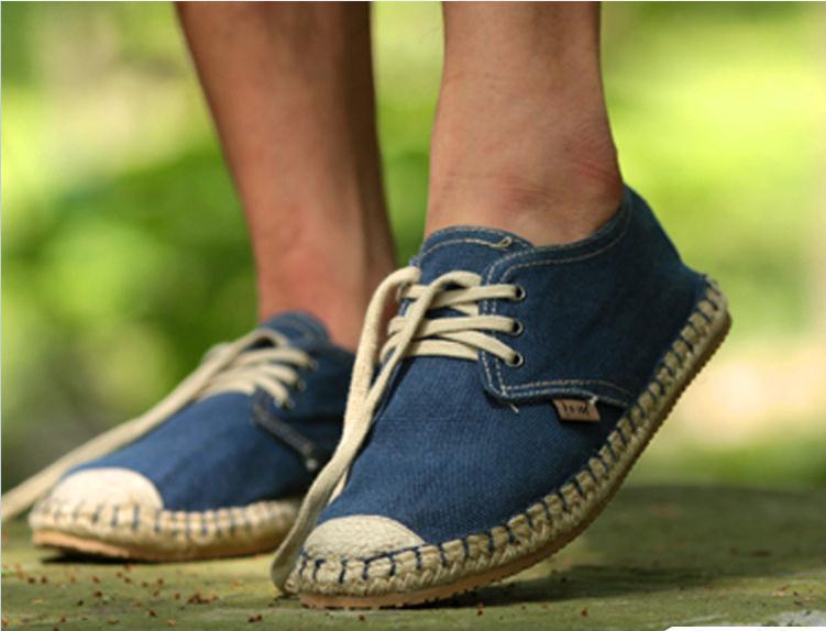 Primavera otoño hombres nuevos zapatos de lona ocasionales de la trenza de paja pisos alpargatas Mocasines