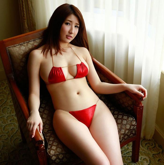 порно фото девочек в бикини: