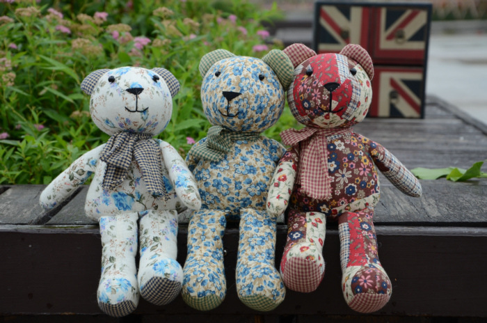 Promotion Country Style Floral Fabric Stuffed Bear Upholstery Bear Nursery Home Decoration Housewarming Gift(China (Mainland))