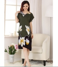 New fashion 100% cotton Chinese Women's classy robe Gown nightrobe Blue green average size(China (Mainland))