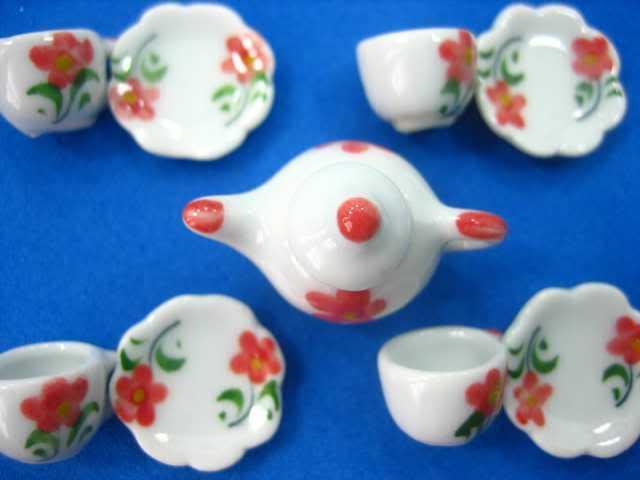 4/9 Tulip Paint Coffee Tea Set Dollhouse Miniature Kitchen Ceramic s CA1A 3879(China (Mainland))