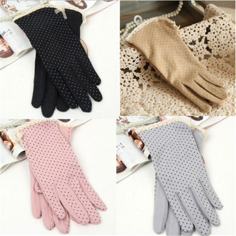 1Pair Free Shipping Using in Spring and Summer,Female Short Cotton Sunscreen Thin Gloves,Women Summer Gloves(China (Mainland))
