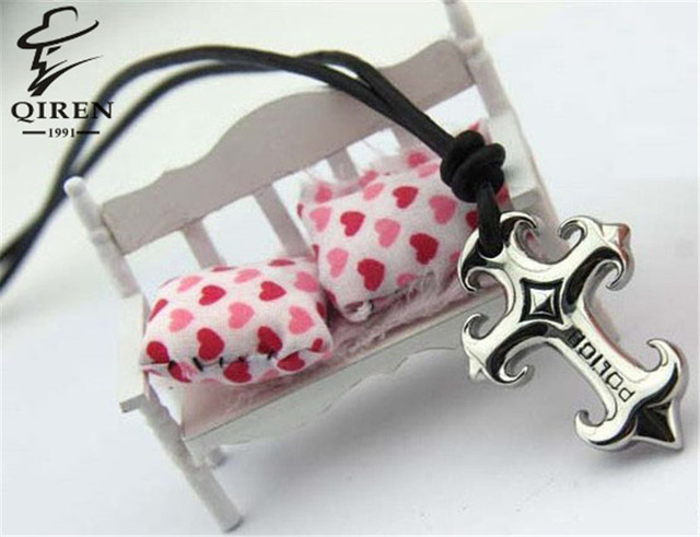 New Fashion Mens Necklace Genuine Leather Black Necklace With Stainless Steel Cross Pendant Free Shipping