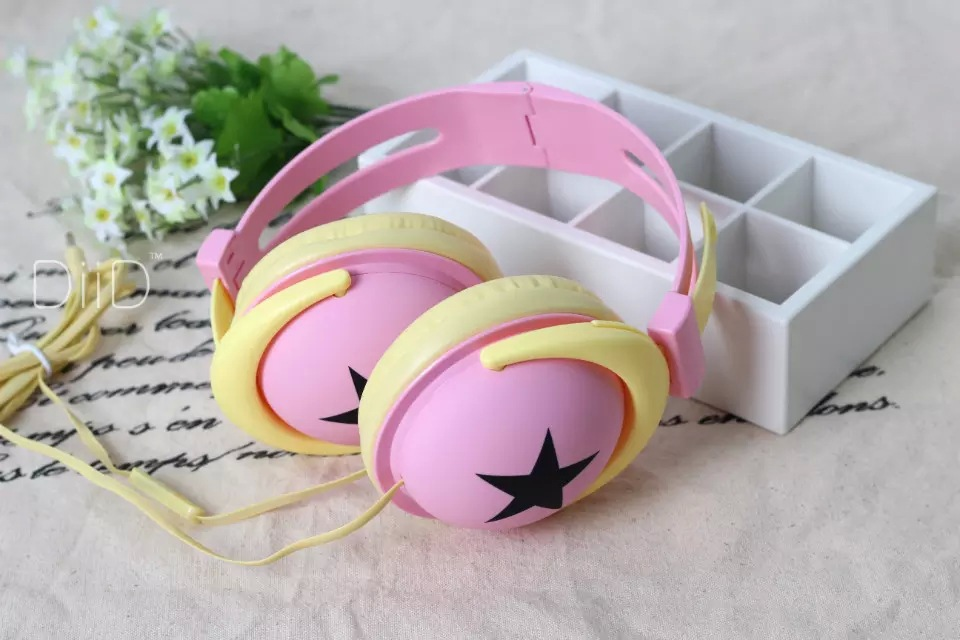 BEST Fashion Big Star Earphone Headphone with microphone for MP4 MP3 Mobile Phone Laptop(China (Mainland))