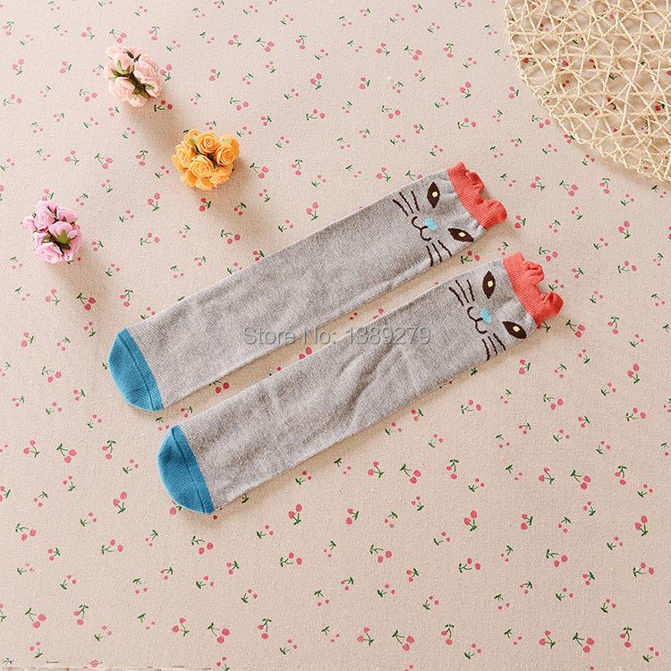 Девочки / мальчики дети колено длинная носки младенцы дети с низким вырезом на спине носки конфеты цвет милый медведь комикс dot полоска носки ( а33 )