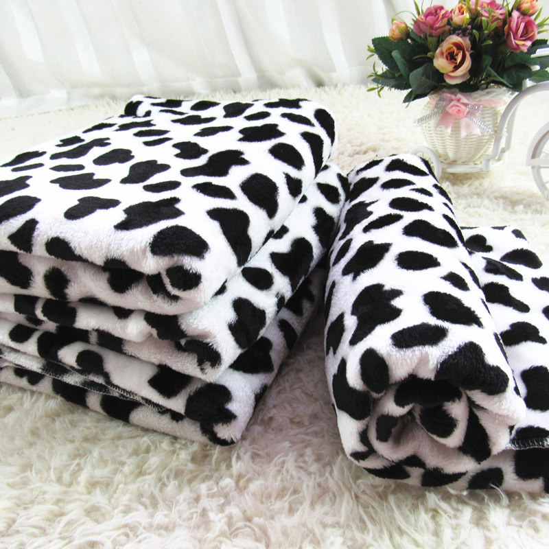 1 Pcs Soft Warm Pet Bed Mat Cover Small Medium Large Towl Dot Handcrafted Print Cat Dog Fleece Soft Blanket Puppy dog Supplies(China (Mainland))