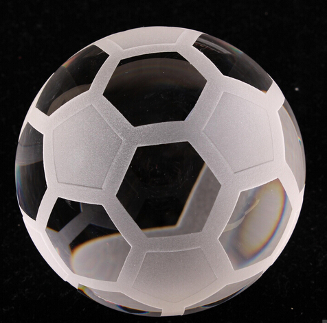 Noble Crystal Football Ball 50mm(China (Mainland))