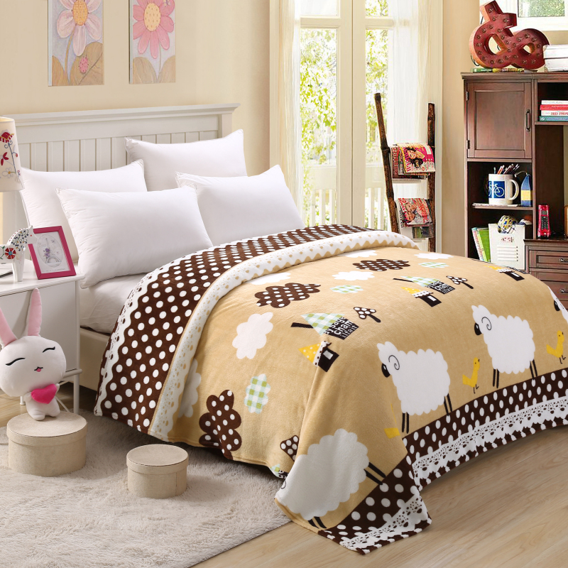 150/180x200 Super thin Soft Cheap Flannel Fleece Blanket for summer On The Bed Sofa Throw Blanket New Store Sale(China (Mainland))