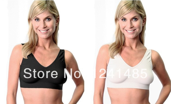 фото девушка с разными размерами груди