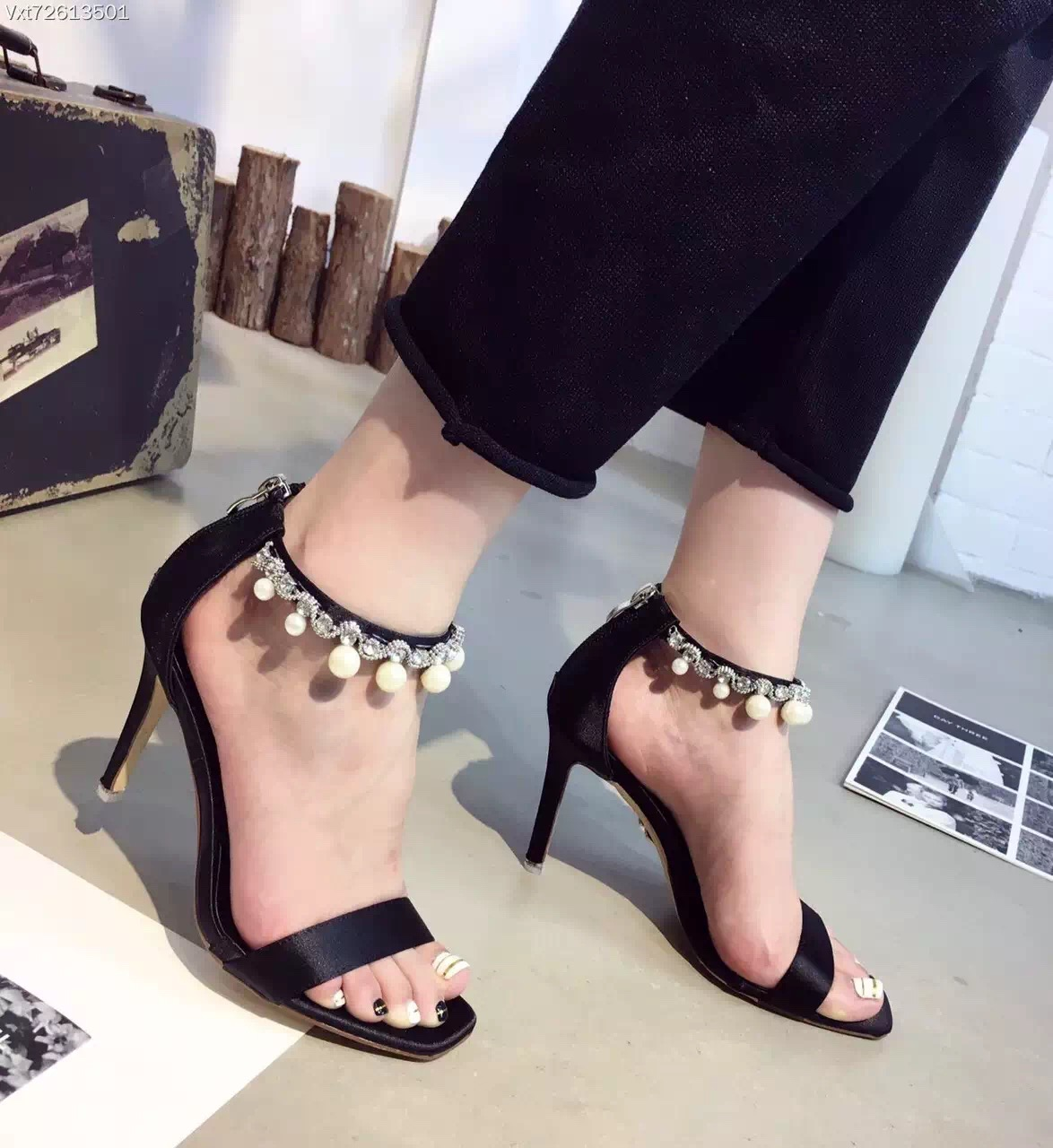 2016 Womens Sexy Party Wedding Sandals Pearl Thin High Heel 9cm Ankle Strap Sandales Pour Femmes 2016(China (Mainland))