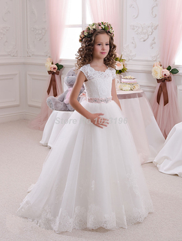 Hot Pretty Scoop Ivory White Lace Flower Girls Dresses 2016 Ball Gown Belt Floor Length Girls First Communion Dress Party Dress