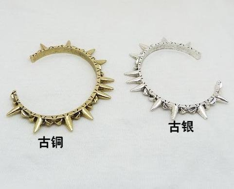Cool Unisex Antique Rivet Spike Angle Wings Cuff Bangle Bracelets Fashion Rivet Wings Opening Bangle Party Engagement Jewelry(China (Mainland))