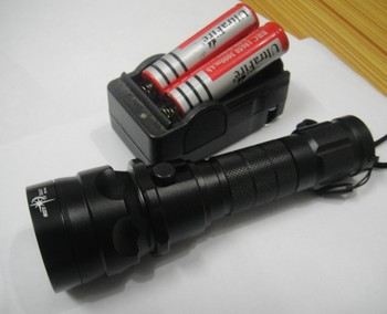 Free Shipping Hot SKYRAY 2000 Lumens 12W 100m CREE XM-L LED Diving Flashlight Torch Waterproof Light 18650 battery Charger lamp