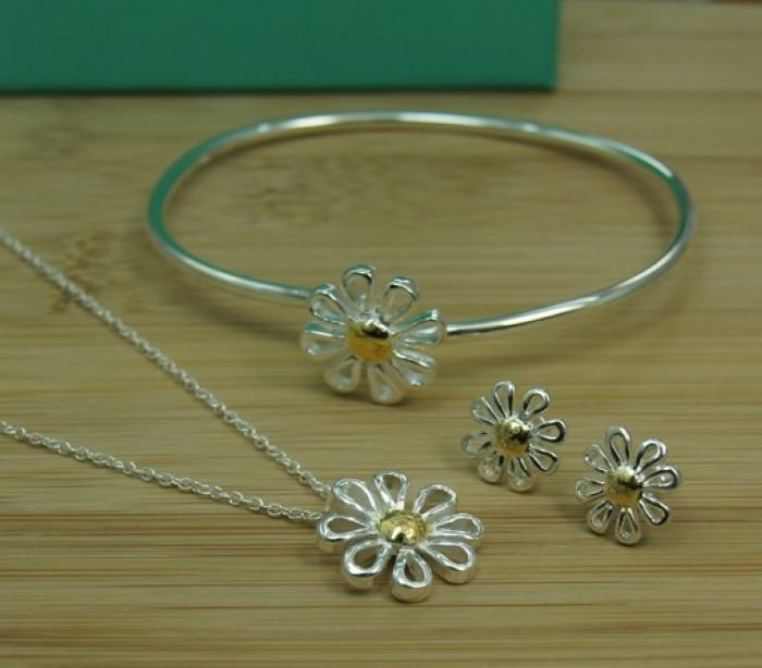 New Hot 2014 Flower Style Fashion Women Jewelry Set 18 K Gold & Silver 925 Plated Chrysanthemum Necklace Earrings Bangle S579(China (Mainland))
