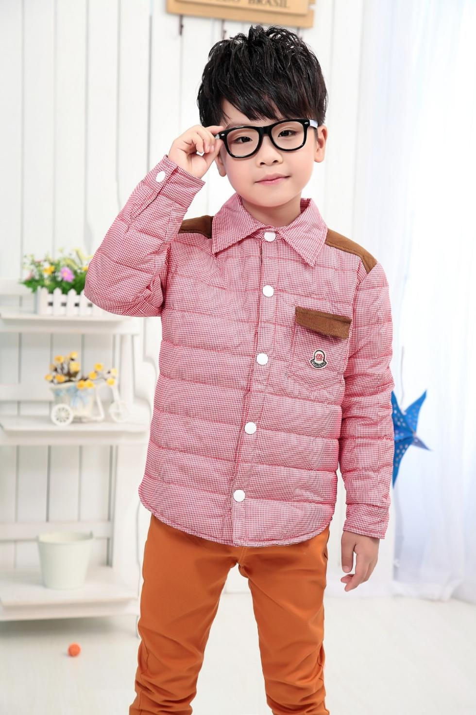 If you are looking for private label kids wholesale clothing that is going to sell like hot cakes at the top prices, then our collection is the best for the purpose. We design it with the best fabrics and the latest high couture fashion, making us the one and only of our kind amongst all kids clothing manufacturers.