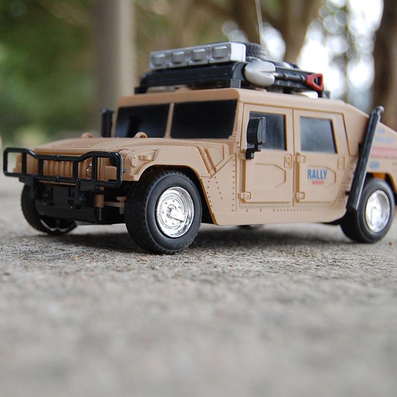 WJA1196 Wholesale mixed batch 1:24 blazing light military Jeep Remote Control Car 360g Toy vehicles(China (Mainland))