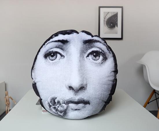 blanc ronde oreiller promotion achetez des blanc ronde oreiller promotionnels sur. Black Bedroom Furniture Sets. Home Design Ideas