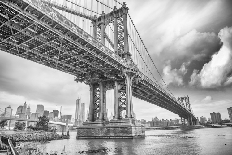 manhattan bridge new york city black and white mural
