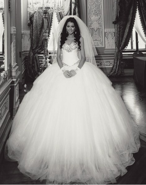 huge ball gown wedding dress « Bella Forte Glass Studio