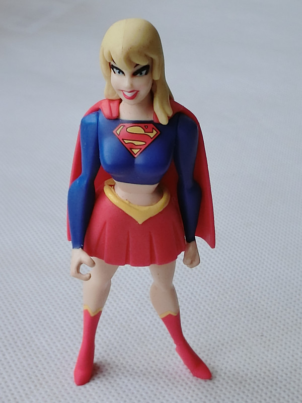 DC Justice League Unlimited Supergirl 4 Figure New-Loose