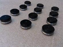 4 unids de aluminio 30 * 13 mm negro de audio del altavoz del altavoz amplificador pies picos PC de la máquina cojines de las esteras
