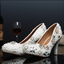 Luxury Handmade White Pearl Flower Shoes Bride Crystal Pumps Fashion Wedding Shoes Plus Size 34-43