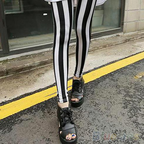 2016 New Fashion  Fashion Black White Vertical Striped Leggings Pants Women  1EP9 7F6T
