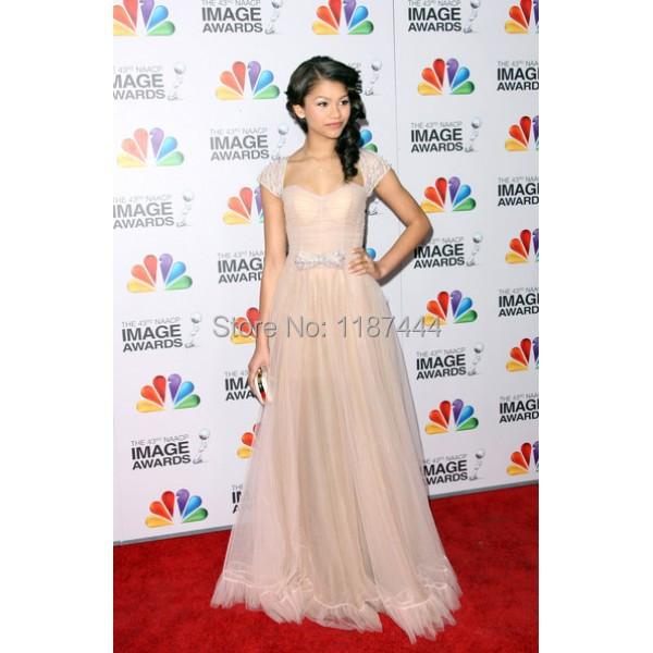 вечерние платья с фото сайт