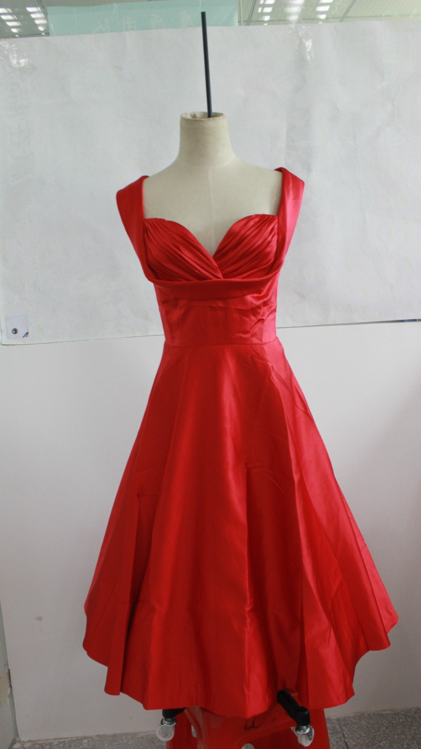 Retro Dresses for Sale | Dress images
