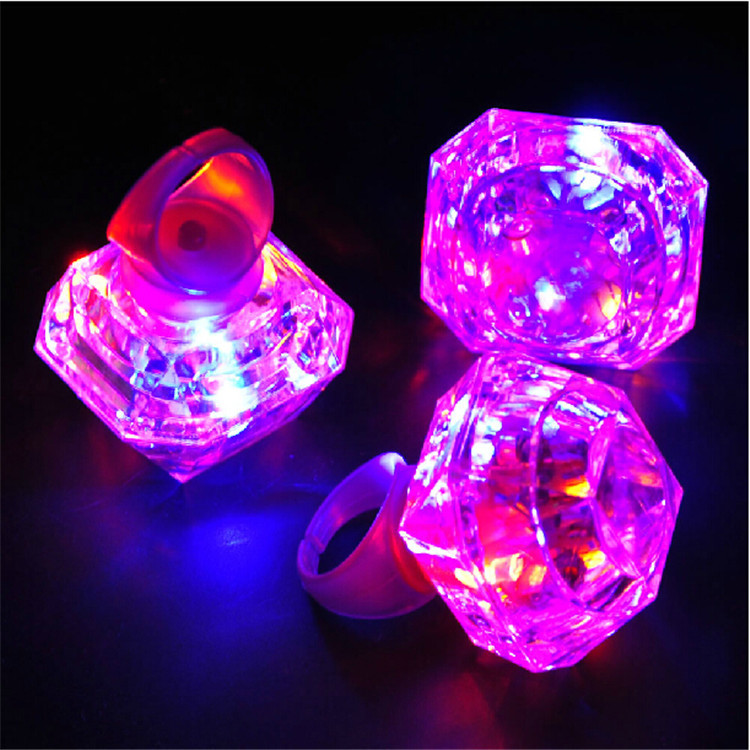 48PCS LED Glowing Huge Diamond Finger Ring Novelty Flashing Light up toys for Kids Birthday wedding Decoration party Favors(China (Mainland))