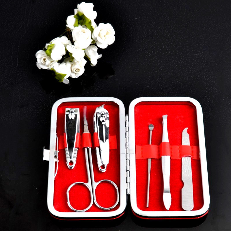 Nail Care Nail Clipper Set Pedicure Scissor Ear pick Utility Manicure Set Tools 6 in 1 Color send randomly(China (Mainland))