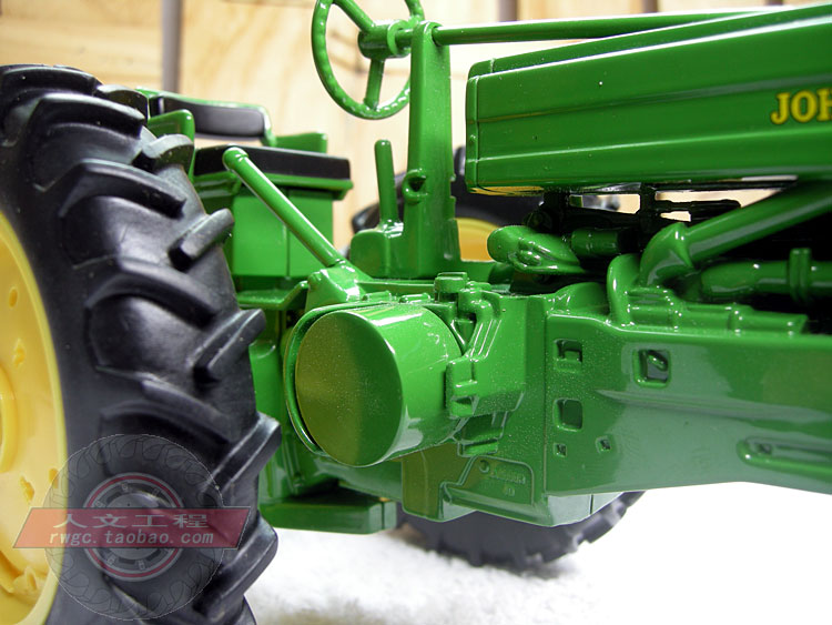 KNL HOBBY J Deere Mannequin A tractor agricultural car security mannequin Reward Act ERTL 1:16