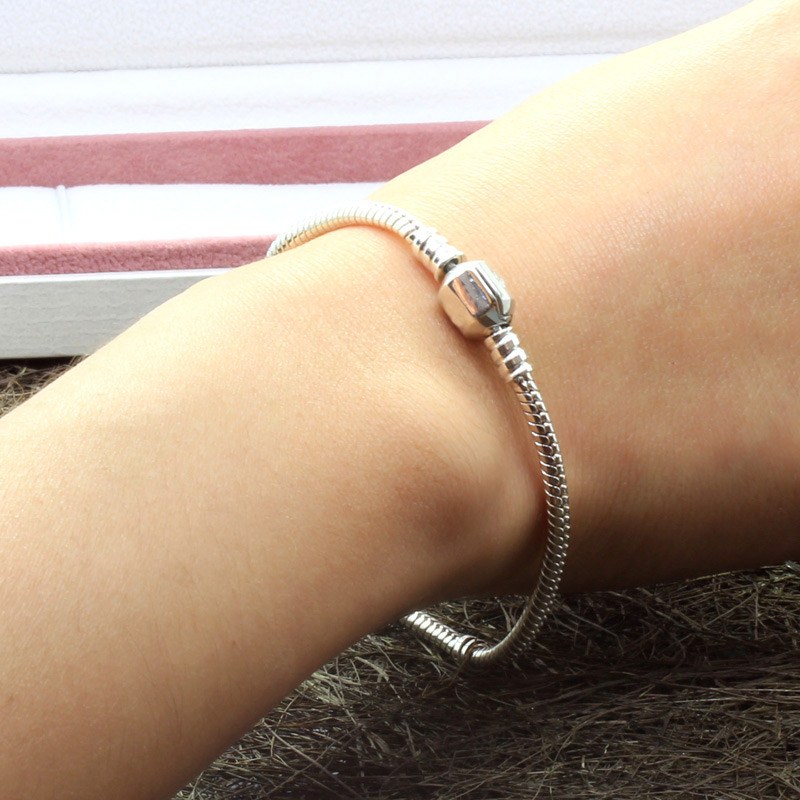 PB004 SALE 925 Sterling Silver Bracelet for Women.Clips with Crown fit European Original Jewelry Charm/Bead,Snake Chain Bracelet(China (Mainland))