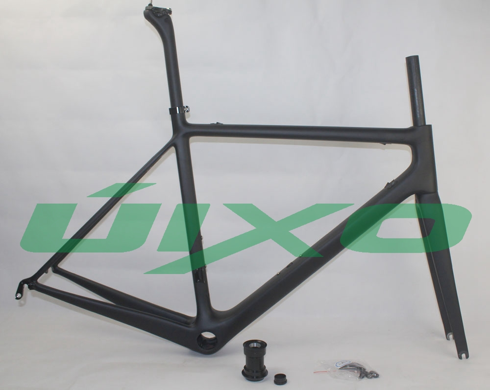 unique hidden cable cover ,beautiful aero tube carbon rigid tube road racing carbon frame(China (Mainland))