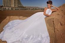 2017 Halter A-Line Wedding Dresses Chiffon Applique Beaded Bridal Gown Court Train Off-Shoulder Plus Size Dresses Z6037(China (Mainland))