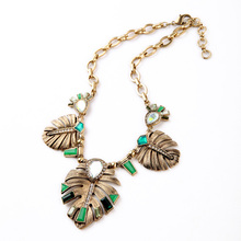 Classic Statement Jewelry New Arrival Alloy Leaves Necklaces Pendants Factory Wholesale