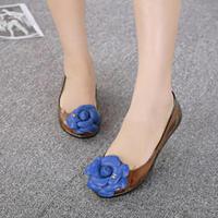 Zapatos mujer новых Бразилии Роза прозрачным желе обувь женщины рыб рот плоский с цветами, водонепроницаемые пластиковые сандалии