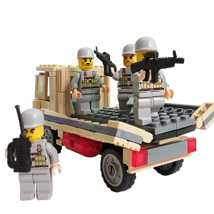 Plastic Army Truck Building Blocks Compatible with Lego Military with Soilders Minifigures Tank Bricks brinquedo War Game Toys(China (Mainland))
