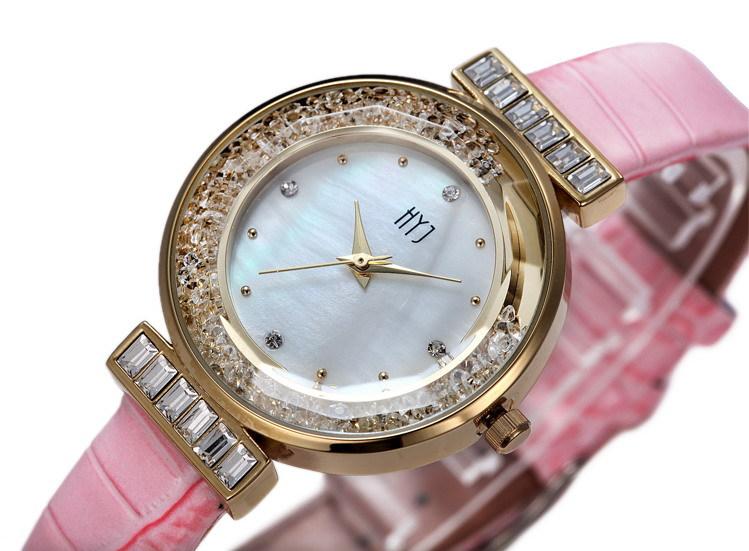 Hot sale New Fashion 4 Colors Ladies Leather Crystal Diamond Rhinestone Watches Women Dress Quartz Wristwatch Hours h237<br><br>Aliexpress