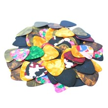 Lots of 100pcs New Thin Guitar Picks Parts Accessories Celluloid 0.38mm Stringed Instruments Free Shipping(China (Mainland))